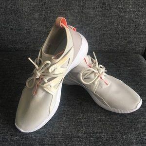 White Reebok Runners
